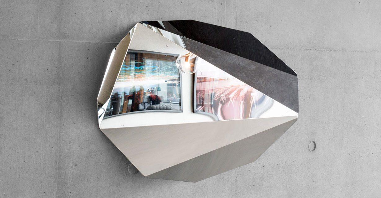 slideshow-hassos-piega-mirror-medium