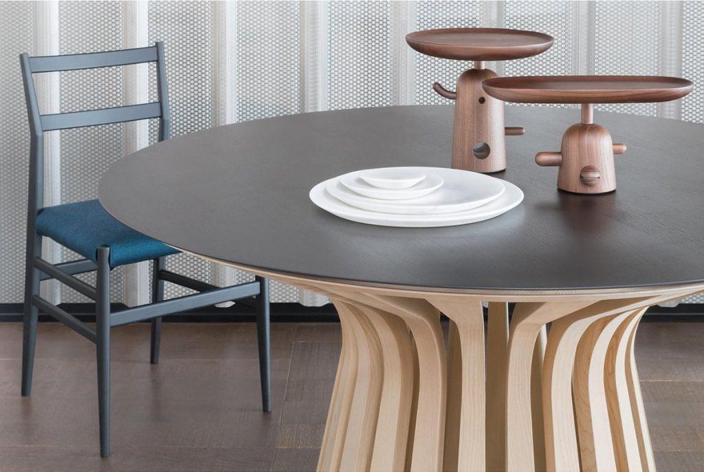 LEBEAU TABLE
